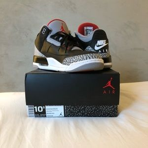 Air Jordan 3 Retro Black Red Cement Grey